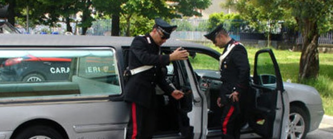 Carro funebre sequestrato al termine di un funeraleNel Vibonese assicurazione scaduta da diversi anni