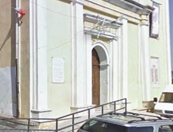 Applausi in chiesa al fratello detenuto del bossAutorizzato dal carcere per la cresima del figlio nel Crotonese