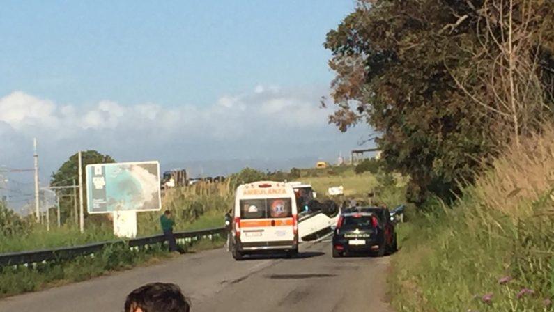 VIDEO - Incidente stradale nel Vibonese, i soccorsi con l'elicottero per una donna in gravi condizioni
