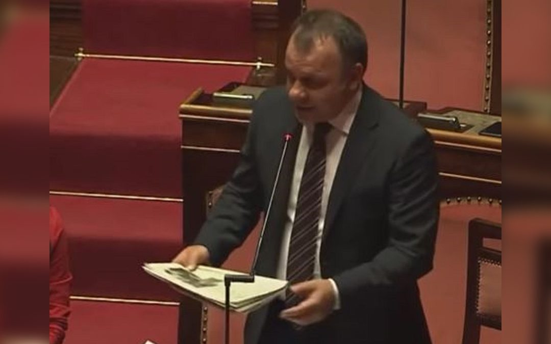 Il senatore M5s Arnaldo Lomuti
