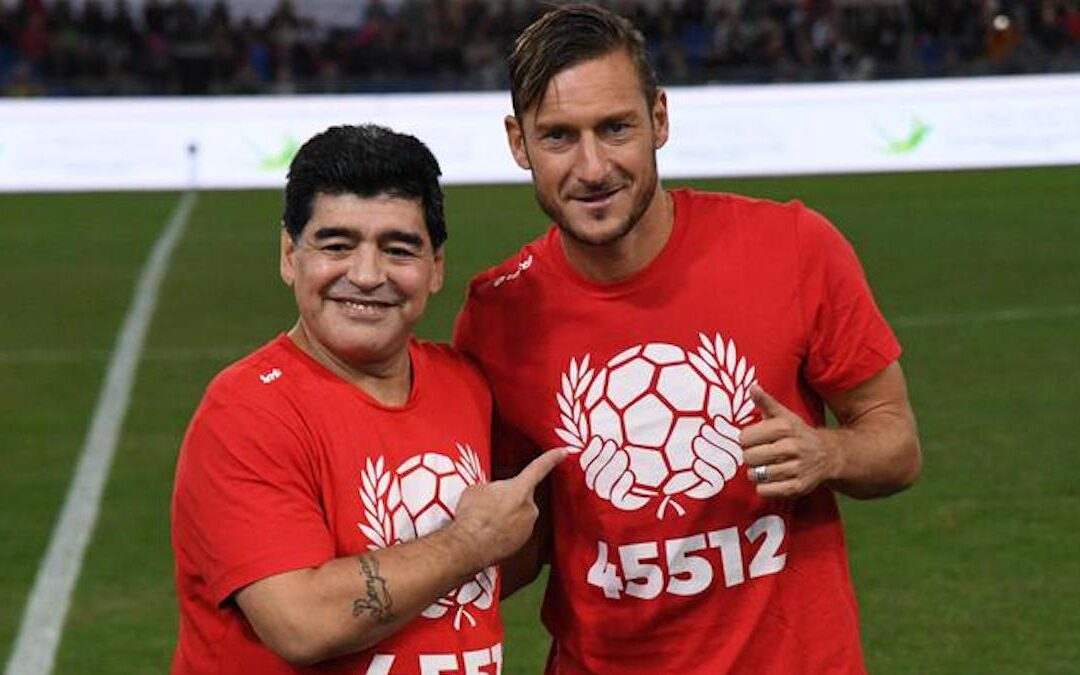 Diego Armando Maradona e Francesco Totti