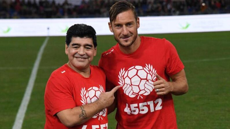 Da Maradona a Totti, campioni sul campo e sul grande schermo