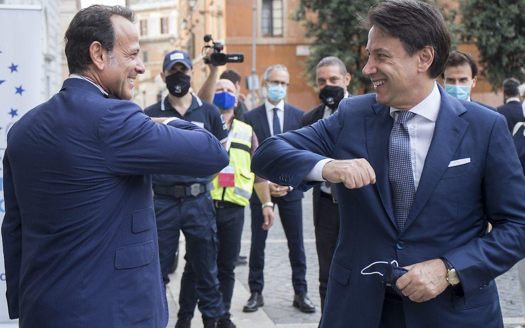 Marcello Minenna e Giuseppe Conte (Foto Roberto Monaldo/LaPresse)