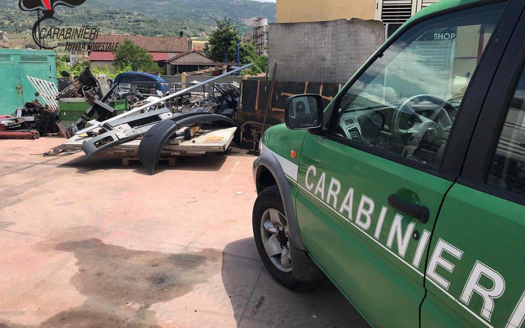 Officina e autocarrozzeria senza autorizzazione Sequestrata struttura nel Cosentino, due denunce