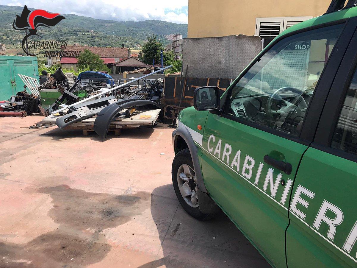 Officina e autocarrozzeria senza autorizzazioneSequestrata struttura nel Cosentino, due denunce