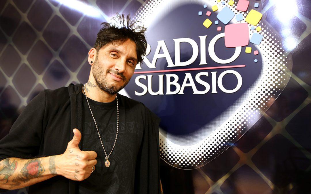 Radio Subasio: Fabrizio Moro a Subasio Music Club parla con Pippo Baudo e si commuove