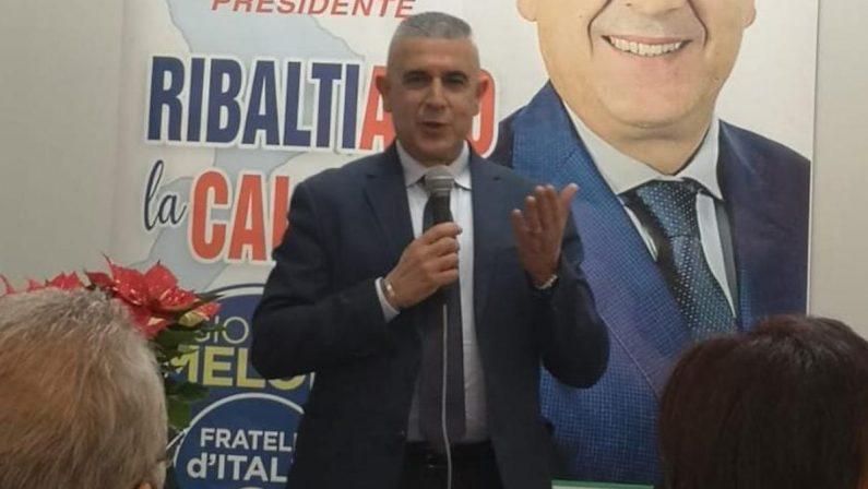 """Operazione """"Cara accoglienza"""", Fratelli d'Italia sospende il sindaco di Varapodio coinvolto nell'indagine"""