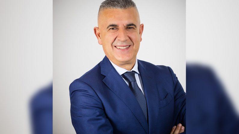 Migranti, illeciti nella gestione del centro di accoglienza: indagati il sindaco di Varapodio e altre cinque persone