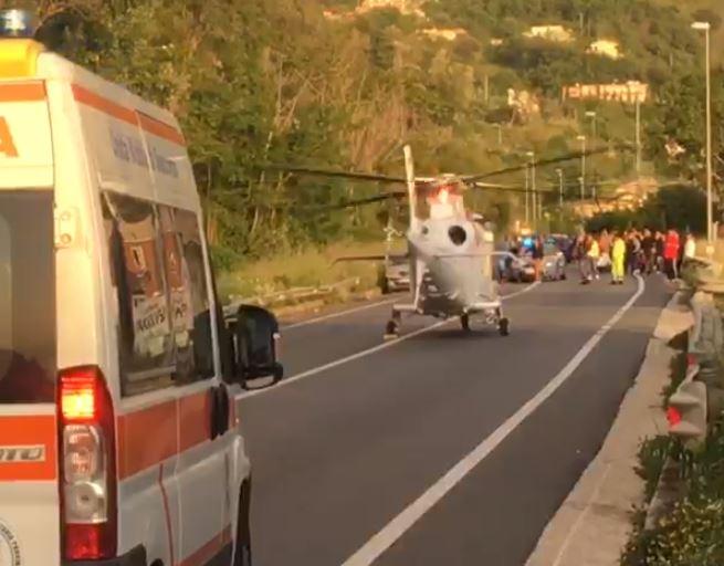 Giovane si ferisce mentre lavora con una motozappaTrasportato in ospedale a Cosenza, gamba a rischio
