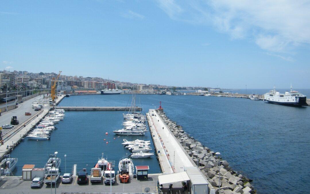 Reggio Calabria, recuperato in mare il cadavere di un uomo