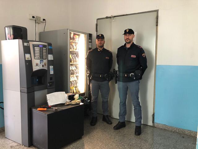 """Fazio fa arrestare """"ladro merendine"""" a Reggio Calabria  Come in Montalbano preso il responsabile dei furti"""