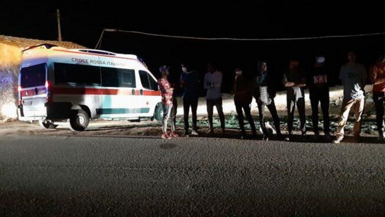Migranti, fermati i presunti scafisti dello sbarco dell'1 settembre a Crotone