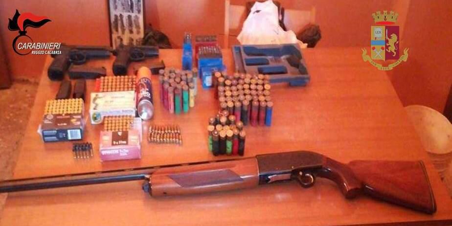 Operazione di polizia e carabinieri nella zona di ReggioSequestrate armi e droga nel corso dei controlli