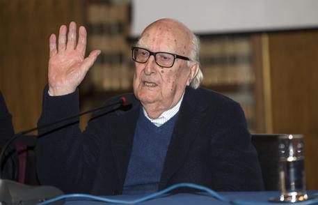 Speciale Mimì, il grillo Ernesto: genesi di un maestro  Una riflessione dedicata ad Andrea Camilleri
