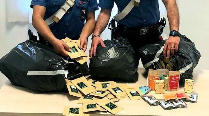 Controlli nei negozi che vendono cannabis lightDenunciate due persone a Lamezia, molti sequestri