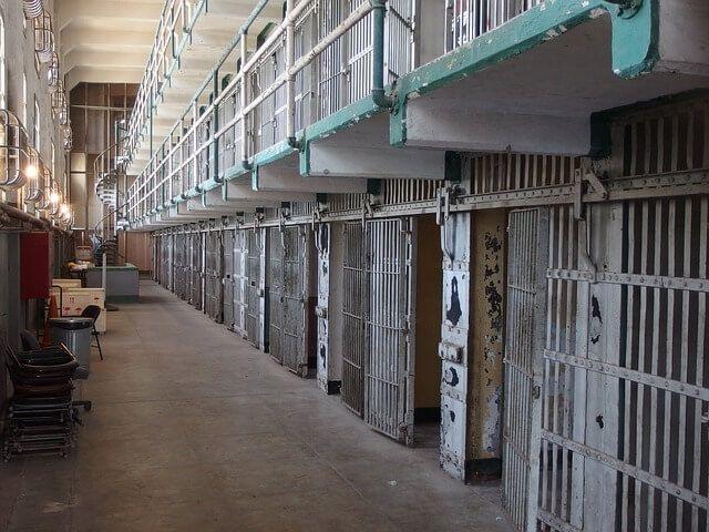 Rischio coronavirus, il presunto boss Iannazzo lascia il carcere di Spoleto e torna a Lamezia ai domiciliari