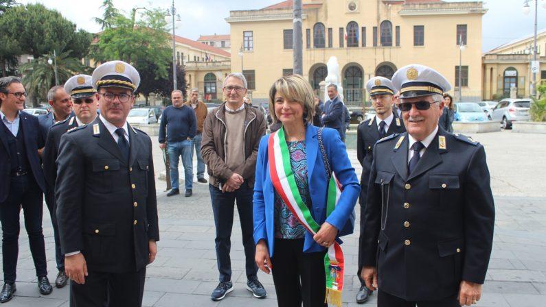 Ripristinato il bus del mare, collegherà la città con le MarinateLo annuncia il sindaco Maria Limardo. Ecco tutti gli orari
