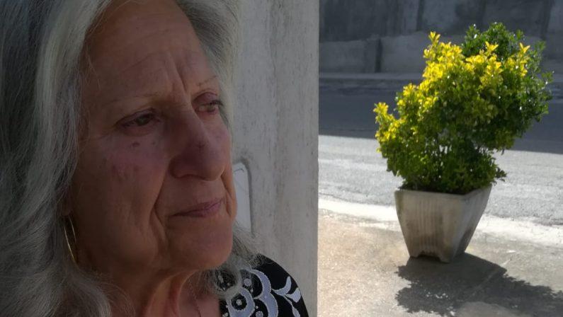 Ucciso con un'autobomba, salta l'udienza: la madre resta nella caserma dei carabinieri per protesta