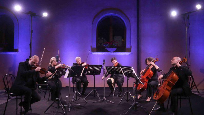 """A """"Irpinia Madre Contemporanea"""" con il Sestetto Stradivari in """"Souvenir de Florence"""" di Cajkovskij"""