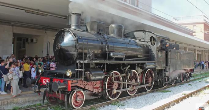 Treno storico Benevento-Assisi, a settembre la tratta