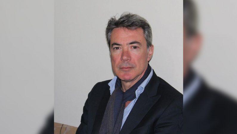 Il primo cittadino figura nei contenziosi contro il ComuneDichiarato decaduto Aldo Battaglia sindaco di Satriano