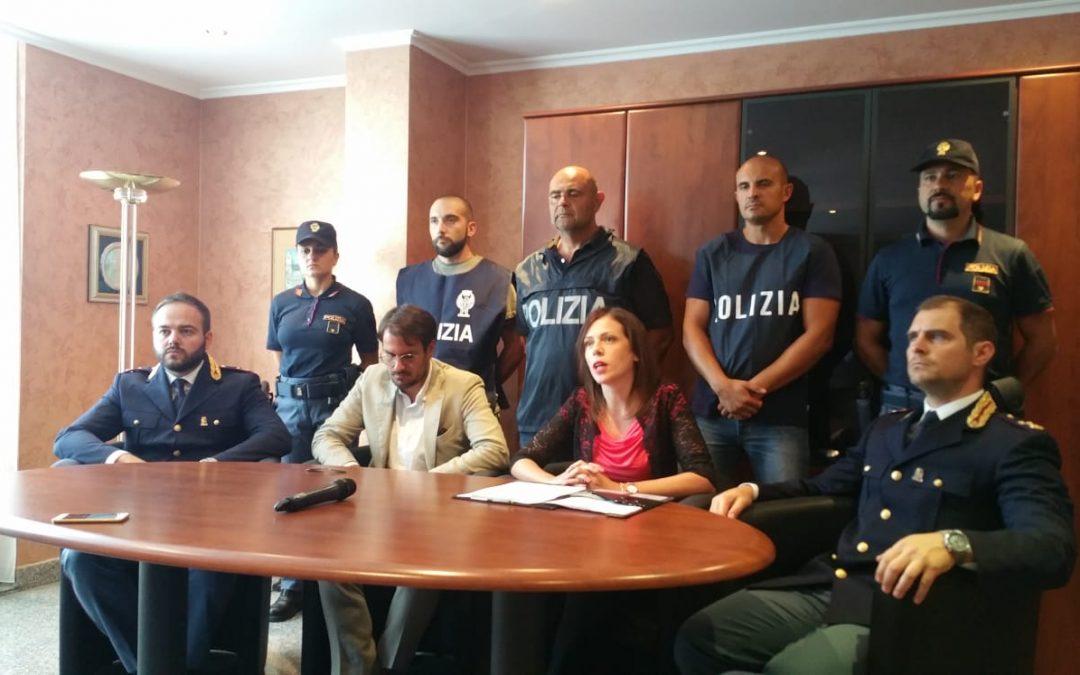 La conferenza stampa della polizia a Vibo