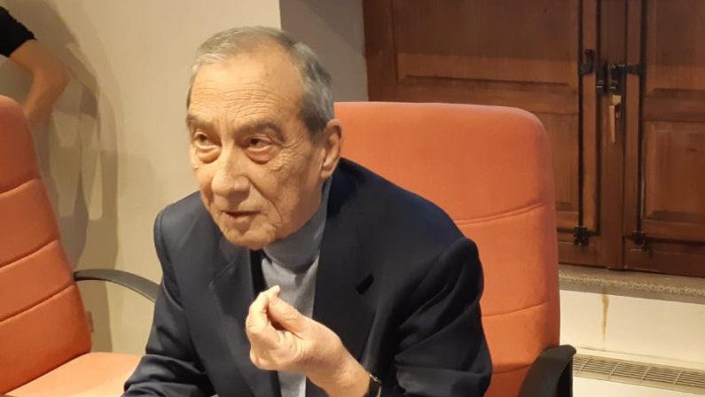 È morto a 72 anni l'ex deputato Domenico BovaOriginario di Roccella e parlamentare per 3 legislature