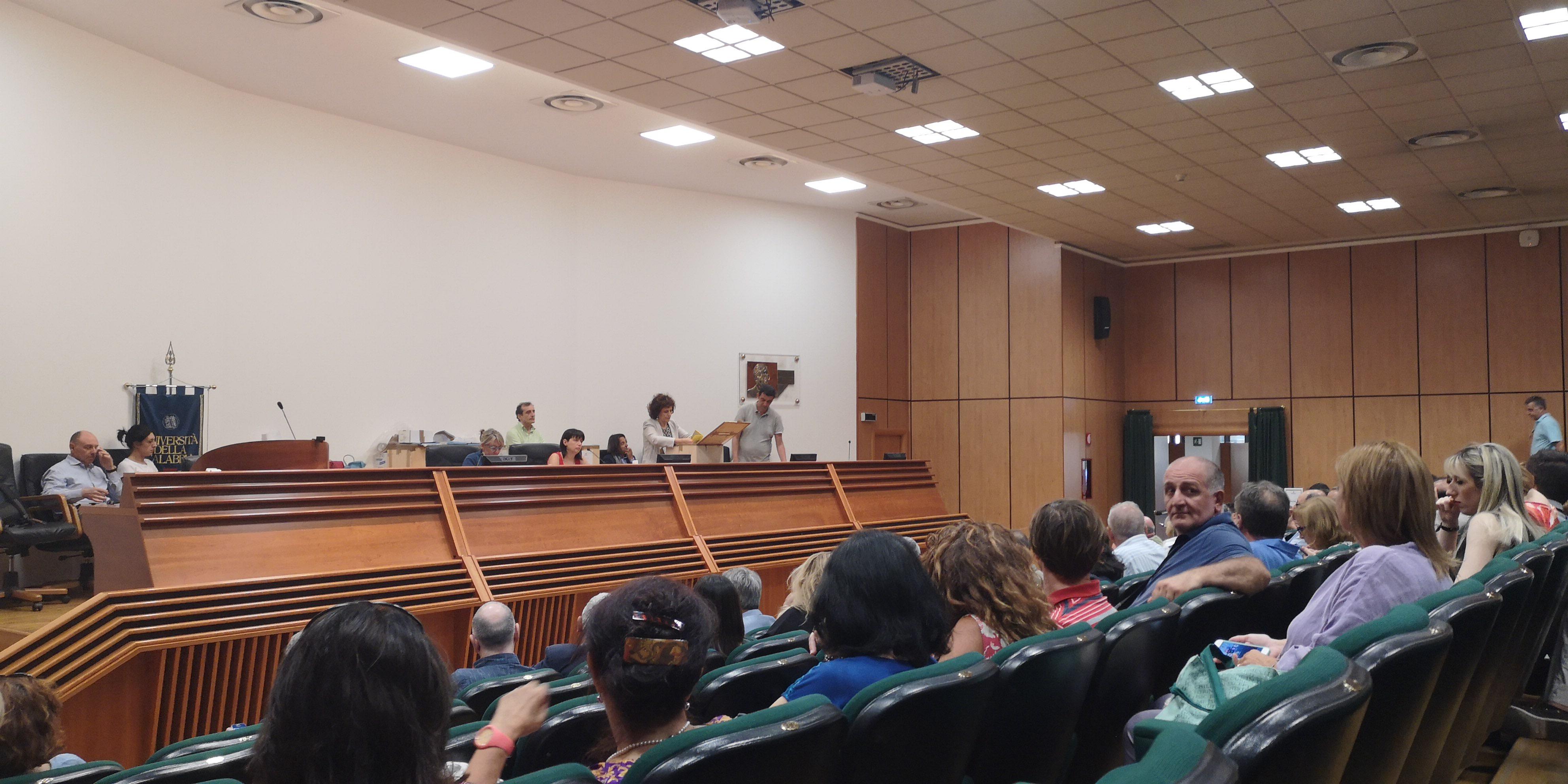 Rende, Nicola Leone è il nuovo rettore dell'Unical Il docente ordinario di informatica ha battuto Perrelli