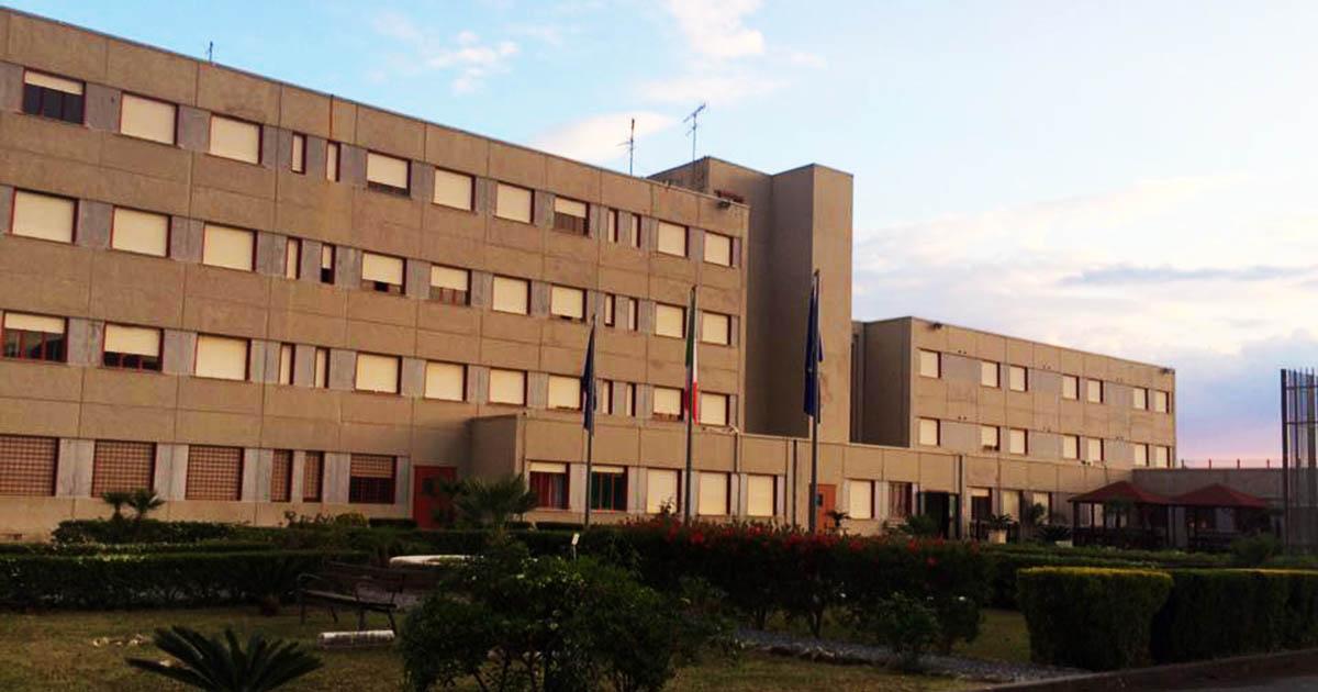 Paola, la polizia penitenziaria salva un detenuto che ha tentato il suicidio