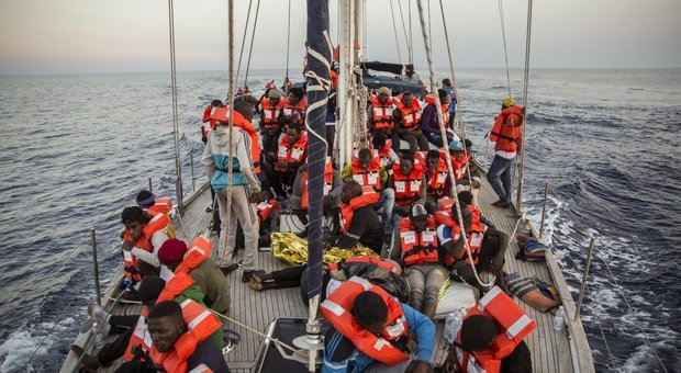 Derive pericolose, i migranti di oggi come gli ebrei di ieriRicordate la piattaforma sul Mediterraneo?