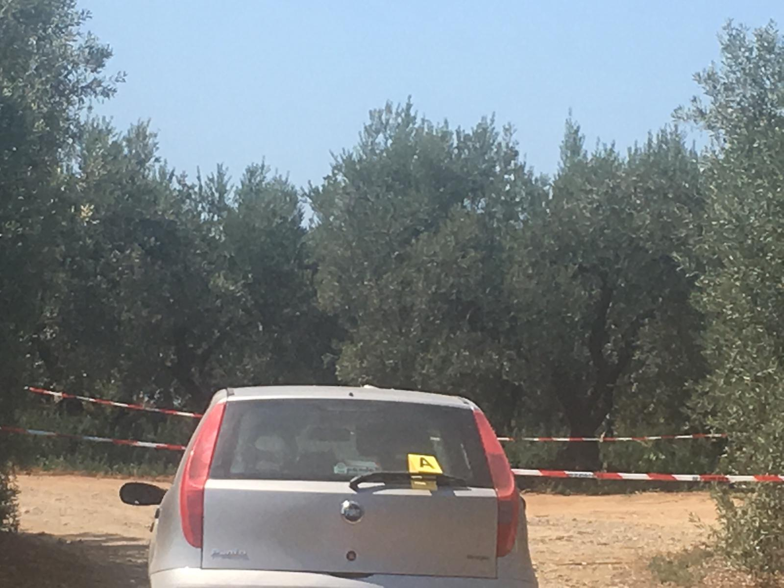 Duplice omicidio a Corigliano RossanoTrovati due cadaveri all'interno di un'auto