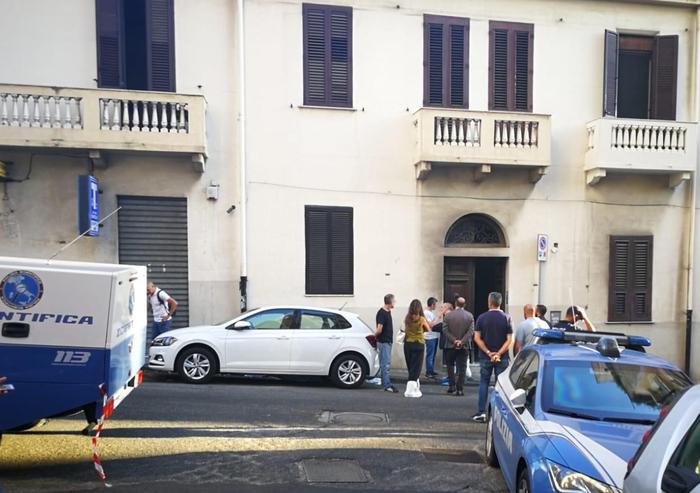 Omicidio tabaccaia a Reggio, preso il presunto killer  Sarebbe un 43enne cliente dell'attività commerciale