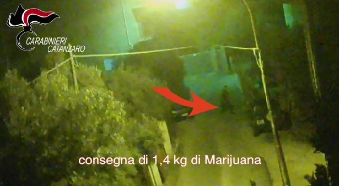 VIDEO – 'Ndrangheta, operazione contro lo spaccio di droga nel Soveratese: gli arresti e i sequestri