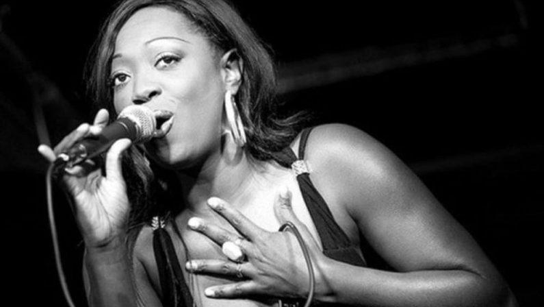 Shanna Waterstown, star internazionale, aprirà la quinta edizione del Baronissi Blues Festival
