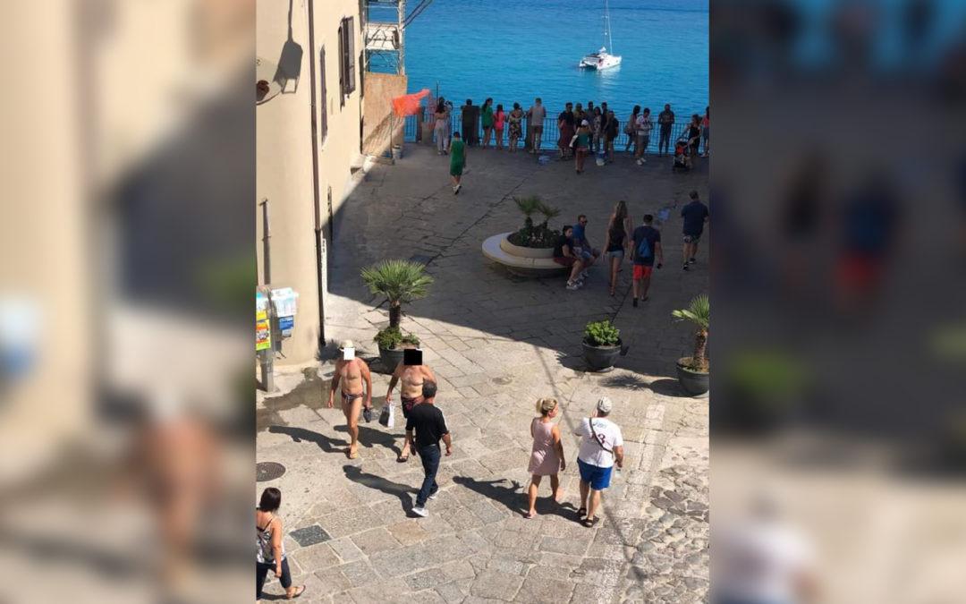 Turisti a Tropea