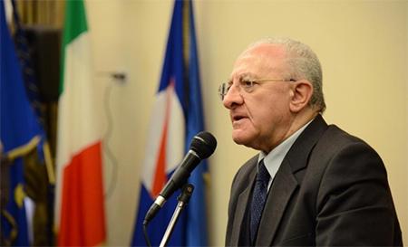 De Luca annuncia un piano sociale per contrastare le ricadute economiche del Coronavirus