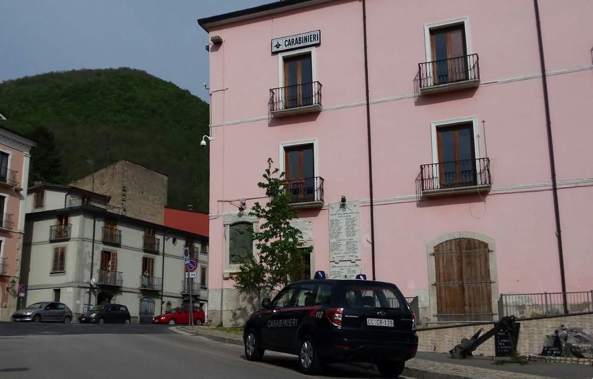 Rochi agricoli: carabinieri denunciano due persone