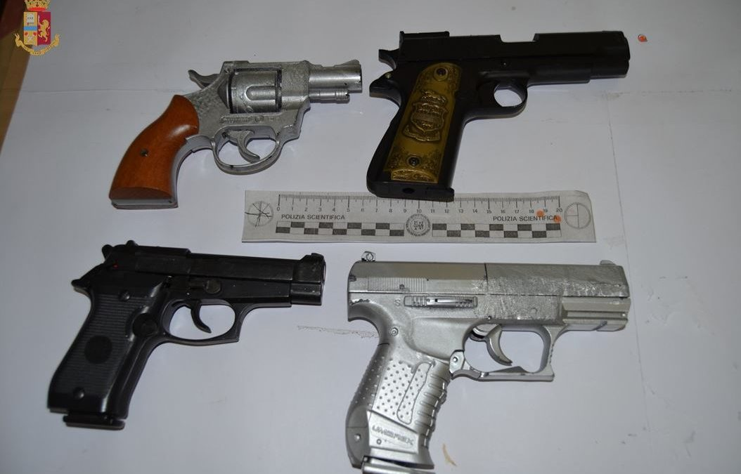 Conto troppo alto al ristorante e scatta la minaccia  Utilizzate anche pistole, denunciati 4 giovani a Vibo