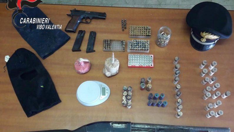 Armi rinvenute in un casolare abbandonatoLa scoperta nel Vibonese durante alcuni controlli