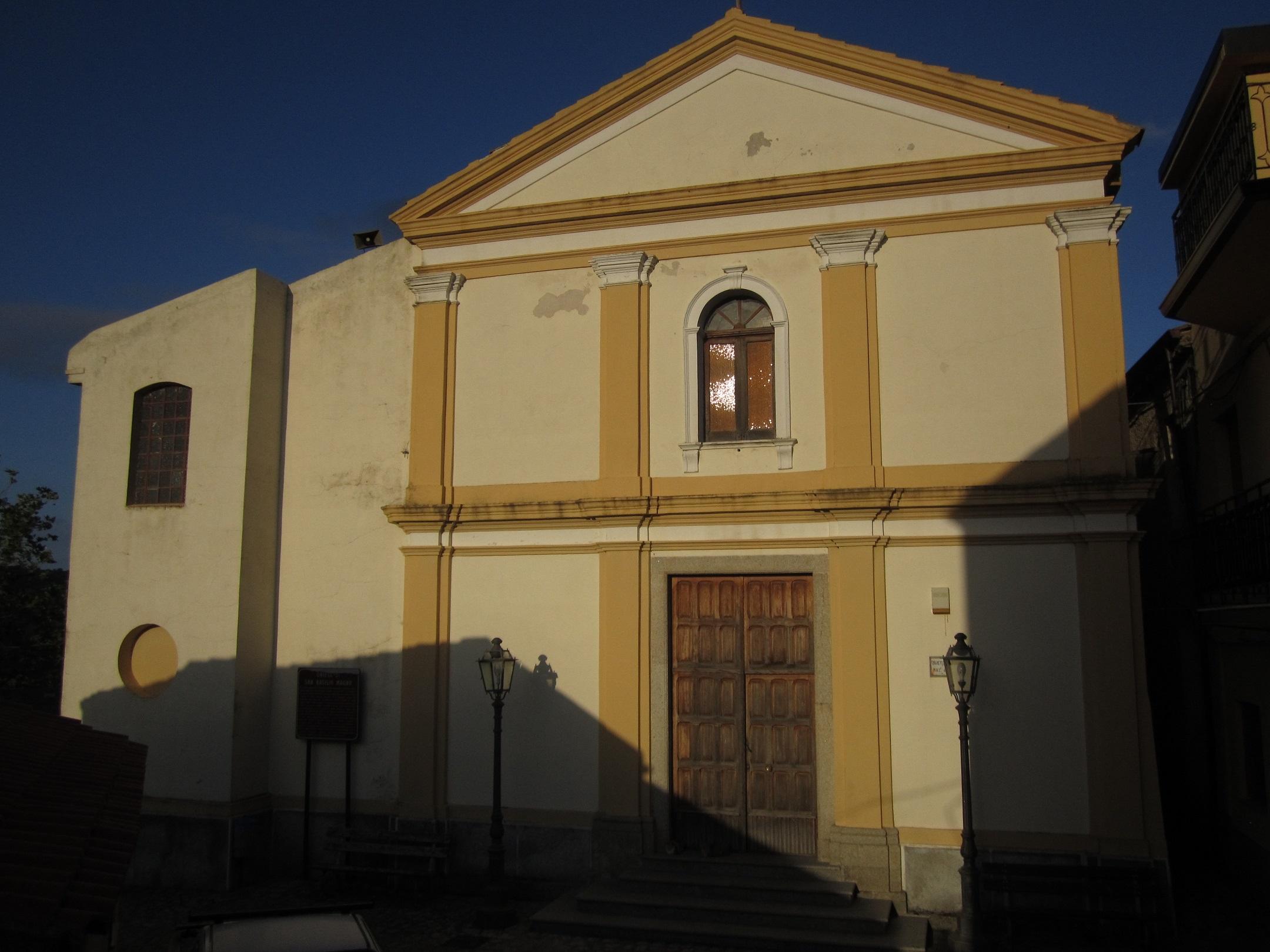 Resti di un bimbo murati in una chiesa del Reggino  Dopo le segnalazioni arrivati i carabinieri del Ris