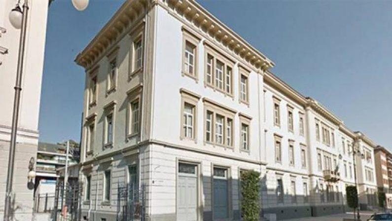 "Liceo ""Mancini"": via i sigilli dopo due anni"