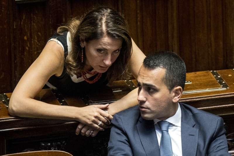 Crisi di Governo, resa dei conti nel Movimento CinqueStelleRuocco a Di Maio: «Ci hai fatto ammalare di demeritocrazia»