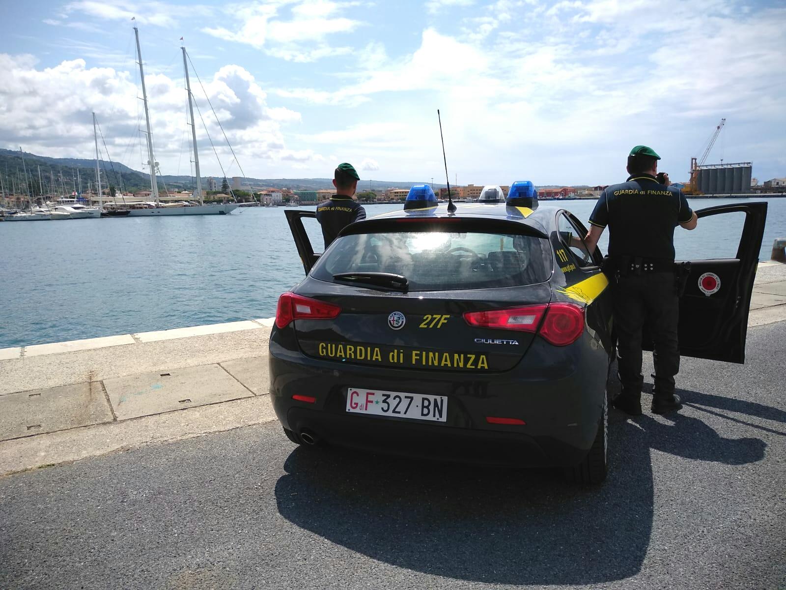 Maxi evasione fiscale contestata a 50 marittimiAvrebbero nascosto redditi per oltre 3 milioni di euro
