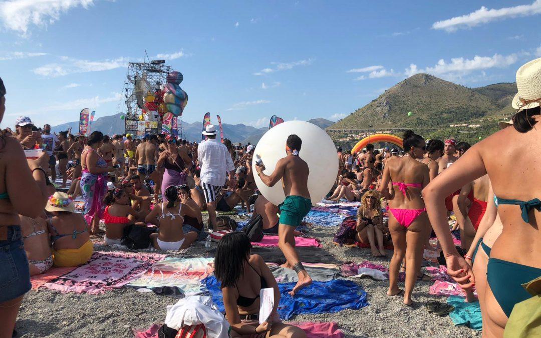 Un momento del Jova Beach party di Praia a Mare
