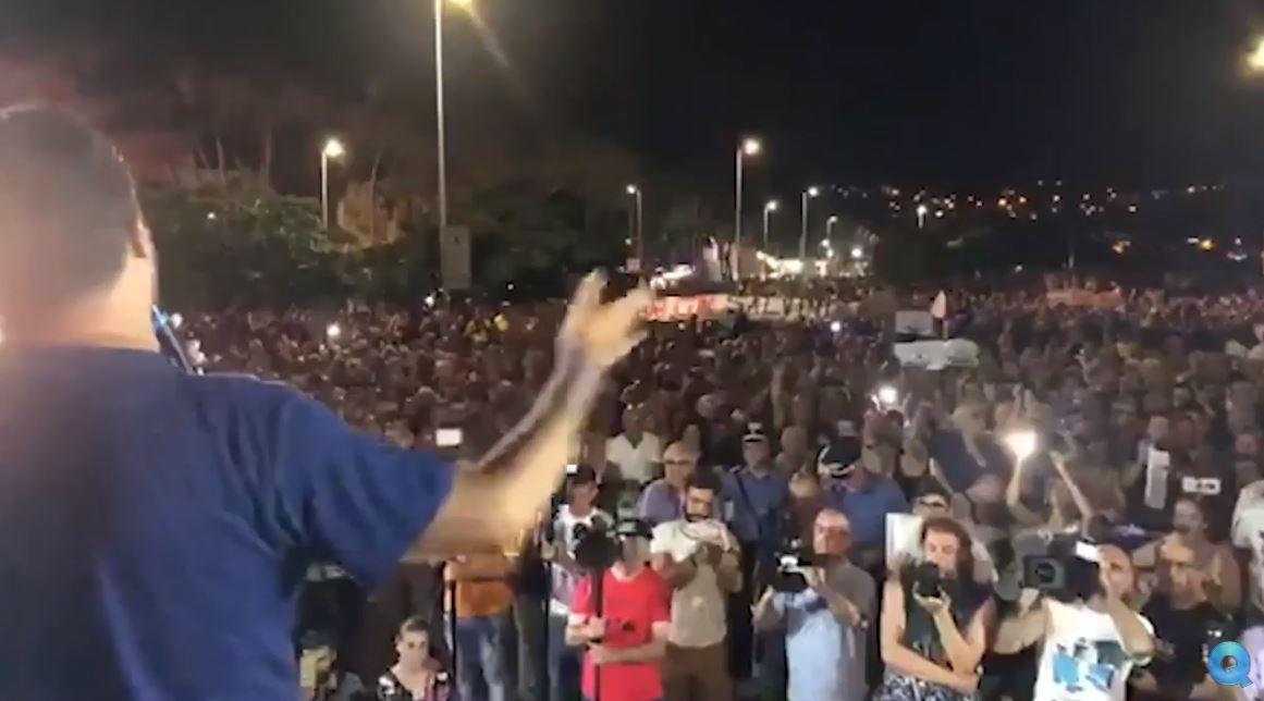 """Da dove viene lo """"staccaspina"""" di Salvini. l'attivista Ciccio Noto""""Ho schiacciato il tasto di emergenza perché siamo in emergenza sociale"""""""