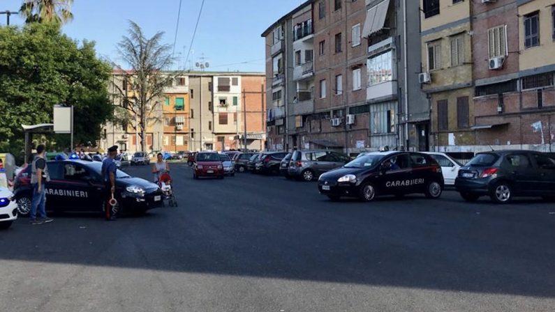 Napoli, arrestati due rapinatori che agivano armati