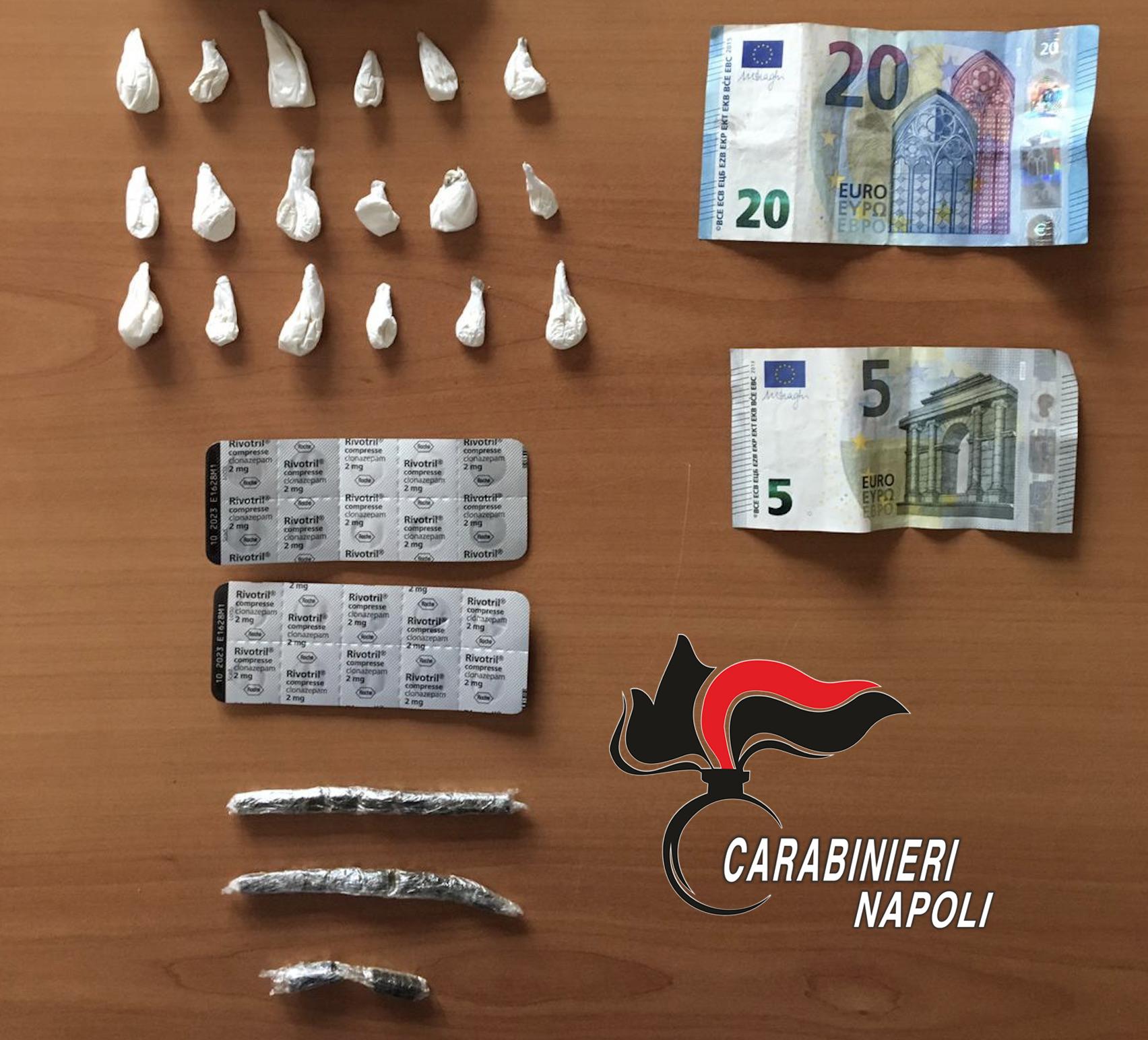 """Spacciano hashish, cocaina e Rivotril, """"l'eroina dei poveri"""". 2 arresti dei carabinieri"""