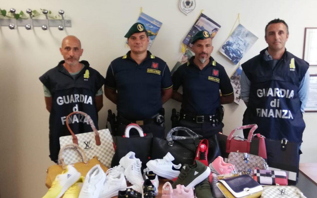 Contraffazione, sequestrata merce a Soverato  Scoperti prodotti pericolosi e con marchi falsi