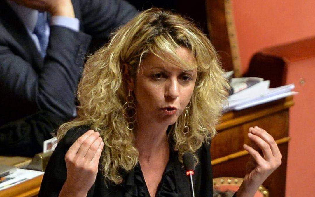 Regionali, Barbara Lezzi sostiene Dalila Nesci L'ex ministro per il Sud attacca Luigi Di Maio