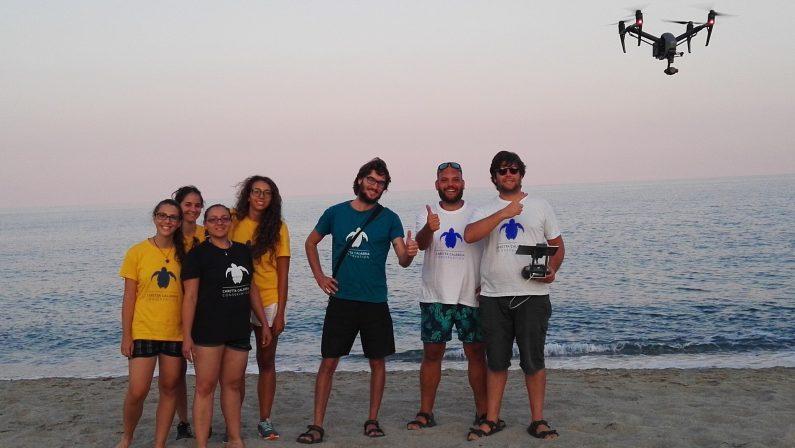 Stagione record per le Caretta Caretta in Calabria: il fascino straordinario della schiusa